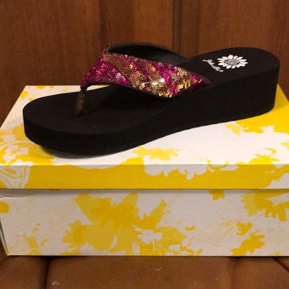 aea0b3258627f2 Yellow Box Shoes